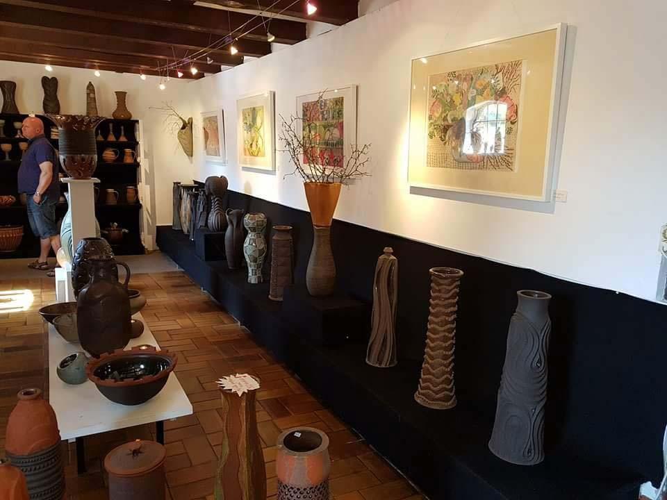 Blick in den Ausstellungs- und Verkaufsraum